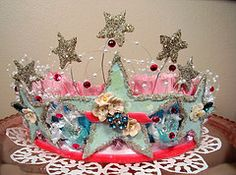 Handmade crown from Hollydoodle!!  from holiday_jenny
