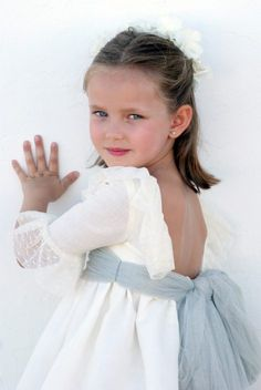 DSC05372 Wedding With Kids, Kids Fashion, Womens Fashion, First Communion, Kids Outfits, Wedding Planning, Dream Wedding, Flower Girl Dresses, Bridal