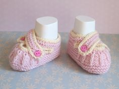 Pink Crib Shoes Baby Girl Booties Hand Knit Booties by Pinknitting