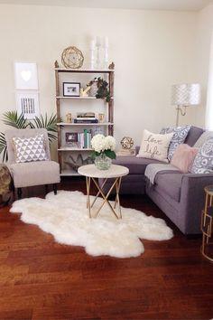 Tener espacios pequeños no es una excusa para no tener una decoracion impecable. Bello living
