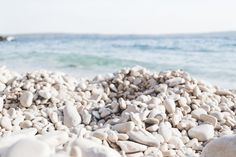Beautiful shingle beach on Hvar - from travel blog http://Epepa.eu
