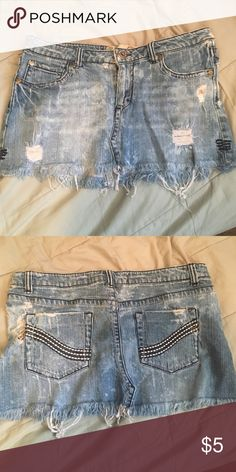 Ripped denim skirt Skirt size 5 Celebrity Pink Skirts Mini