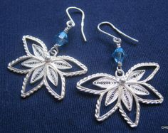 Handmade Sterling Silver Filigree Drop Earrings. by TrulyFiligree