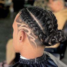 Braid Hairstyles For Men Styles) Check out these braid styles for men including cornrows, box braids, zig zag braids, 2 braids and braided dreadlocks. Cornrow Hairstyles For Men, Cool Braid Hairstyles, Hairstyles Haircuts, Men's Hairstyle, Guy Haircuts, Braid Styles For Men, Long Hair Styles, Braid Designs For Men, Haircut Designs For Men