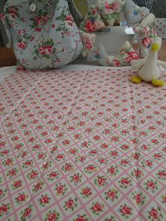 BN Very Pretty Cath Kidston Haberdashery Cotton Remnant In Pink Quilted Rose