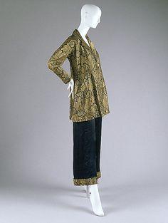 ~1930s gold  black pajamas via The Metropolitan Museum of Art~