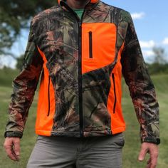 Trail Crest Men's Custom XRG Waterproof SoftShell Jacket in Medium - SHIPS FREE! - 13 Deals