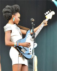 Natural Hair, Nice Guitar, Great Musician! Gotta Love Shingai Shoniwa