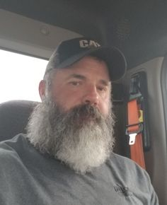 Graybeard Perfection says WWWhiskers. Hot Beards, Grey Beards, Long Beard Styles, Hair And Beard Styles, Hairy Men, Bearded Men, Hipster Photo, Beard No Mustache, Moustache