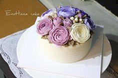 Done by EnoHana enohanacake.com Kakaotalk ID:touko76 Line:enohanaflowercake  Enohana flower cake & baking class studio  #peony#플라워케이크 #버터크림플라워케이크#플라워케이크클래스 #birthdaycake #주문케이크#수제케이크#생일케이크#웨딩케이크#buttercreamcake #butter#buttercreamflowercake #flowercake #에노하나케이크  #weddingcake #フラワーケーキ教室#dessertstagram #flowercakeclass #花束 #연남동#bakingstagram #cakedecorating#koreanflowercake#バータークリーム#specialcake #フラワーケーキ #cakedecoration