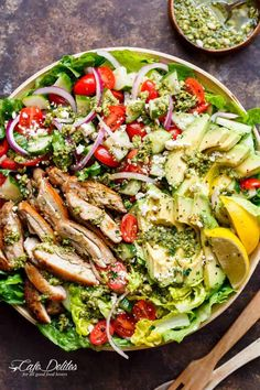 Pesto Grilled Chicken Avocado Salad - Move over boring salads.this Pesto Grilled Chicken Avocado Salad will become your new favourite salad, using a pesto dressing to double as a marinade! Grilled Chicken Salad, Avocado Chicken Salad, Chicken Salad Recipes, Pesto Salad, Salad With Chicken, Bacon Salad, Pesto Chicken, Cucumber Salad, Marinade Chicken