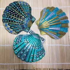 Seashell Painting, Seashell Art, Seashell Crafts, Beach Crafts, Caillou Roche, Crafts To Do, Arts And Crafts, Painted Rocks, Hand Painted