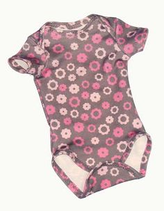 Spacefems Daily Etsy Contest: free Baby onesie pattern and tutorial