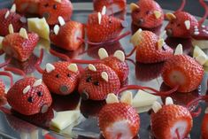 Finger food for children's birthday: 33 simple ideas to imitate - Kids Party Ideas Childrens Meals, Childrens Party, Cute Food, Good Food, Yummy Food, No Cook Meals, Kids Meals, Strawberry Mouse, Snacks Für Party