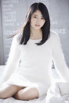 SUZUMOTO_miyu 鈴本美愉 Fluffy Sweater, Angora Sweater, Cute Asian Girls, Cute Girls, Sexy Dresses, Short Dresses, Prety Girl, Pretty Asian, Cute Japanese