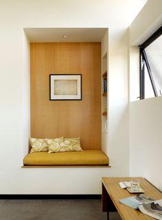 Reading Nook in Modern Living Room by Schwartz and Architecture Mini Loft, Minimalist Living, Modern Minimalist, Interior Design Inspiration, Design Ideas, Interiores Design, Home And Living, Modern Living, Small Living
