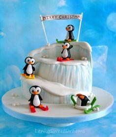 Penguin christmas cake. - Cake by LenkaSweetDreams