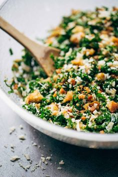 The BEST Simple Kale Salad - finely shredded kale with Parmesan, golden toasted bread crumbs, and a simple lemon and olive oil dressing. Tangy, crunchy, SO GOOD.