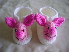 "Baby crochet booties ""piglet"" at  www.amydesign.org"