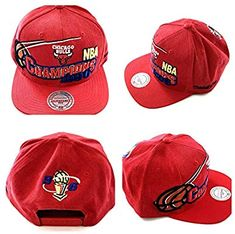 pretty nice 9148b c5ab8 Mitchell And Ness Chicago Bulls 1996 NBA Champions Vintage Snapback Cap One  Size Fits Most  Amazon.co.uk  Sports   Outdoors