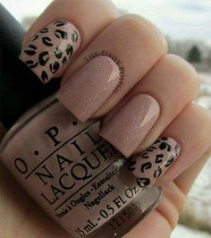35 Nail Designs For Winter Leopard print inspired winter nail art design. The nails have pink nail polish as the base color while silver dust nail polish is also added on top. Black nail polish is then used to paint… Continue Reading → Cheetah Nail Designs, Leopard Print Nails, Cute Nail Designs, Leopard Prints, Leopard Spots, Animal Prints, Leopard Nail Art, Get Nails, Love Nails