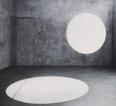Maurizio Mochetti, Cilindro – Due dischi di luce (1968)
