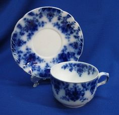 RIDGWAYS OSBORNE FLOW BLUE CUP & SAUCER Blue Cups, White Cups, Blue Dishes, Antique Dishes, Blue China, Vintage Glassware, Tea Cup Saucer, Shades Of Blue, Mothers