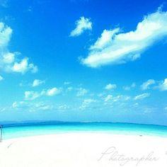 【takehito801】さんのInstagramをピンしています。 《沖縄 青い空、白い雲。 そして青い海、白いビーチ。 眩しい光。 不純物が一切ないですね。気持ちがいいです。  Camera :  Canon 1D系 ※沖縄好き友達、沖縄カメラ好き友達募集中。 気軽にDMください。  #日本 #沖縄 #宮古島 #石垣島 #久米島# #伊計島 #伊江島 #ビーチ #海 #サンセット #星空 #綺麗 #japan #japanese #japon #okinawa #miyakojima #kumejima #ikeijima #iejima #beach #sea #starrysky #beaury #beautiful #instagood #awesome #ocean #japanesefoods》
