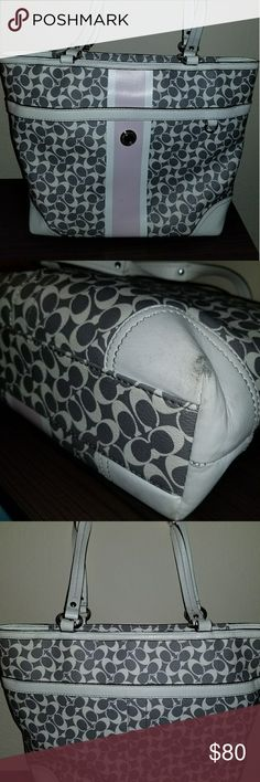 Coach Handbag Authentic  Well loved but cute and functional  Great size for everyday Coach Bags Shoulder Bags