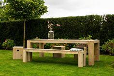 Tische - Gartentisch aus Bauholz mit Blockbeinen - ein Designerstück von purewooddesign bei DaWanda