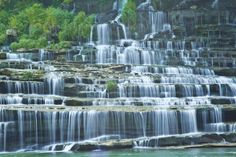 Tennessee's Most Beautiful Places Will Help You Survive Post-Election Stress From underground lakes to man-made islands, these Tennessee destinations look as good as BBQ tastes. Vacation Destinations, Dream Vacations, Vacation Spots, Cruise Vacation, Vacation Trips, Gatlinburg Tennessee, Tennessee Vacation, Tennessee Camping, East Tennessee