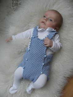 Vintage bleiebukse i perlestrikk: oppskriften Baby Barn, Baby Wearing, Baby Knitting, Mittens, Knit Crochet, Onesies, Rompers, Children, How To Wear