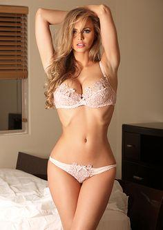 Tania Mer