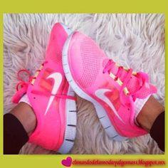 361a1d3b66aa7 Nike Free Run Women Hot Pink Trainers Running Shoes Neon Size UK size 6