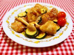 鶏肉とズッキーニを酢味噌味で炒めてみました♪フライパンで簡単です♪美味しく家族に大好評でした♪