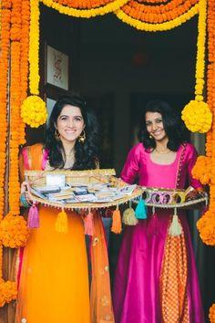Best site to plan a modern Indian wedding, WedMeGood covers real weddings, genui. Desi Wedding Decor, Wedding Stage Decorations, Indian Wedding Favors, Wedding Vintage, Indian Weddings, Diwali Decorations, Housewarming Decorations, Marriage Decoration, Haldi Ceremony