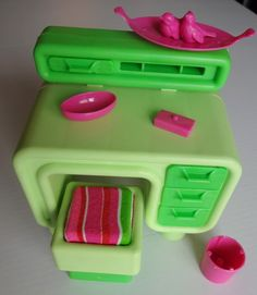 Vtg Barbie Dream House Furniture Lot Green Desk