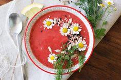 Letní jahodová polévka s koprem Hummus, Ethnic Recipes, Food, Essen, Meals, Yemek, Eten