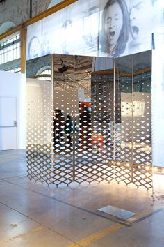 Mirrored and etched partition - NormalStudio