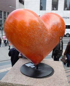 16 Photos of amazing heart sculptures