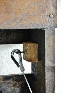 Fold-Up Pallet Desk - Thistlewood Farm