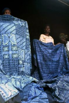 Africa | Adire cloth for sale in Dugbe market, Ibadan.  Nigeria. 1977 | © Bob Golding