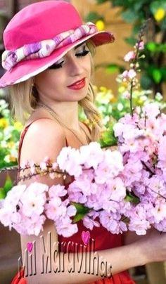 Hats For Women, Fashion, Moda, Fashion Styles, Fashion Illustrations