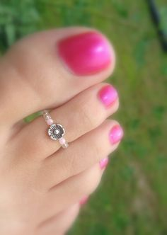 Toe Ring Silver Dancing Baby Flower Stretch by FancyFeetBoutique, $5.25