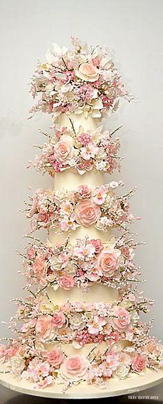 Roses Wedding cake ♔THD♔