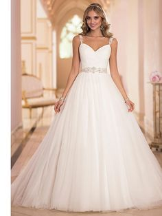 A-line Sweetheart/Straps Sweep/Brush Train Wedding Dress (Tulle) - USD $179.99