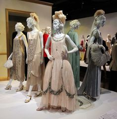 Article about #FIDM Museum exbibit on Glamour.com: TV Fans: Run, Don't Walk, to This Costume Exhibit