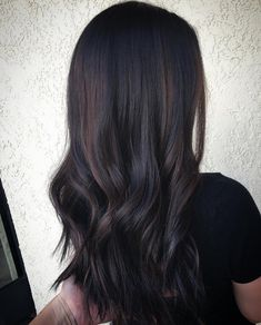 Hair like this and with red ombre hair color shades – hair ideas Hair Color Shades, Hair Color Dark, Ombre Hair Color, Brown Hair Colors, Red Colour, Dark Ombre Hair, Dark Brunette Hair, Grey Ombre, Hair Dye Tips