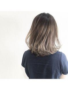 Hair Streaks, Ash Hair, Aesthetic Hair, Cut Crease Makeup, Hair Arrange, Hair Color And Cut, Hair Growth, Hair Goals, Dyed Hair