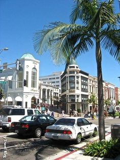 Visit Rodeo Drive - Los Angeles Travel Tips - would love to with a 'credit card that's got no limit'!  :)